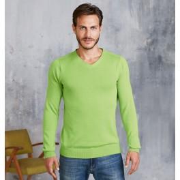 Sweter z trójkątnym dekoltem